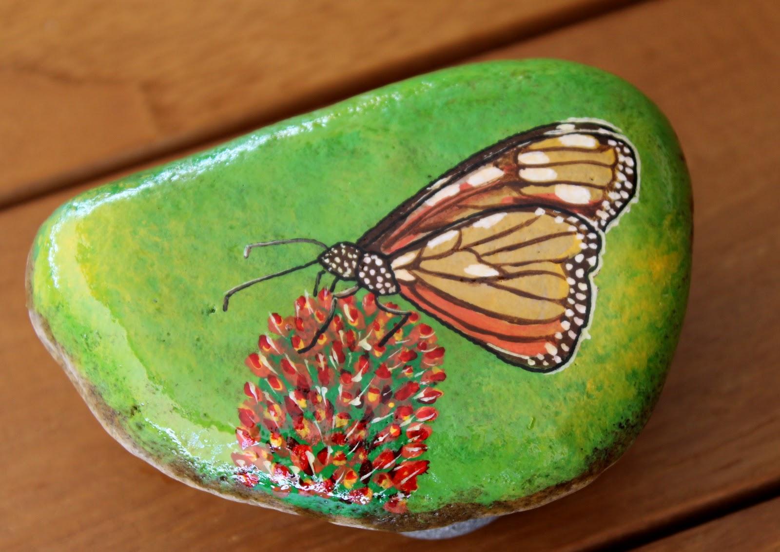 C mo pintar piedras de r o la escuela del bosque for Como pintar imitacion piedra